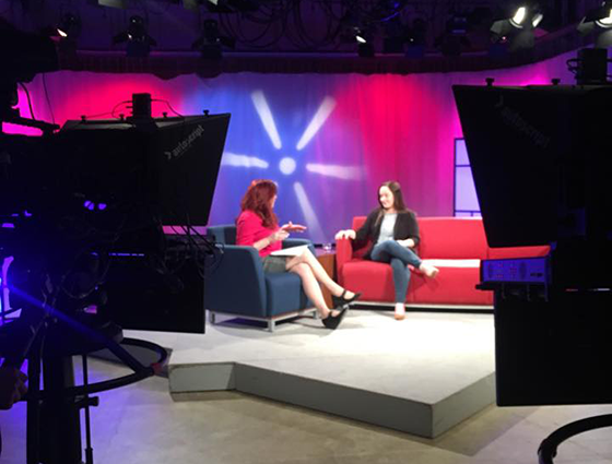 Behind the scenes shot of host Lisa Bien and guest Jillian Bauer-Reese