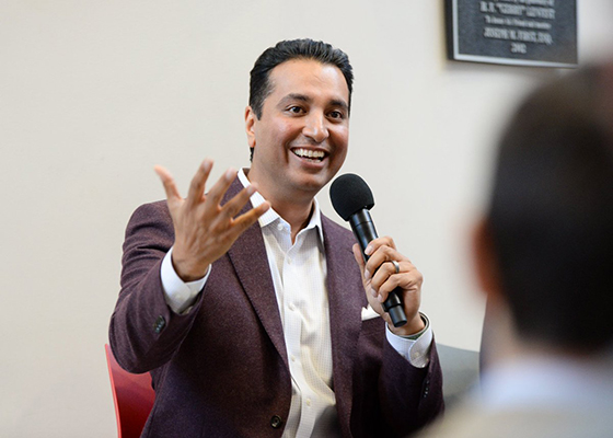 Klein College's 2018 Sports Media Summit Keynote Speaker Kevin Negandhi